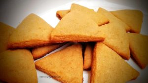 These whole wheat 3- Ingredient Cane Sugar Cookies are similar to simple butter biscuits but distinctly flavoured with cane sugar.